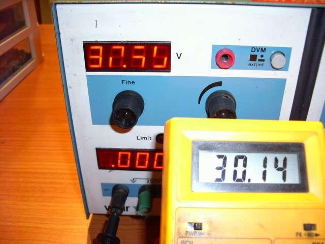 Error medida en display de Fuente de Alimentación nº 2.